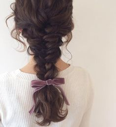 Image uploaded by 𝓛𝓲𝓵𝔂. Find images and videos about hair, sweet and hairstyle on We Heart It - the app to get lost in what you love. Pretty Hairstyles, Braided Hairstyles, Hair Inspo, Hair Inspiration, Curly Hair Styles, Natural Hair Styles, Photographie Portrait Inspiration, Aesthetic Hair, Grunge Hair