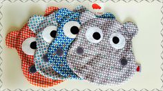 Des doudous rigolos Sewing Projects For Kids, Sewing For Kids, Diy For Kids, Sewing Toys, Baby Sewing, Sewing Crafts, Couture Bb, Couture Sewing, Dou Dou