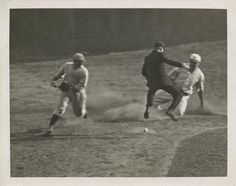 Babe Ruth SAFE after stealing 2nd base. #Yankees