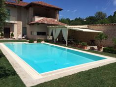 Acqua SPA - Tipologia delle piscine Swimming Pool Images, Swimming Pools, Plumbing, Architecture Design, New Homes, Outdoor Decor, Spa, House, Pool Installation