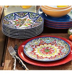 Beautiful #Mexican #tile #dishes  Talavera dinnerware available here: http://www.lafuente.com/Mexican-Decor/Talavera-Pottery/Talavera-Dinnerware/