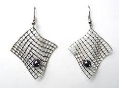 pendientes - earrings by Harry Bertoia