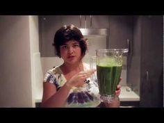 Whiz Up the Best Smoothie Every Time. Watch Valya Boutenko demonstrate how to make a no-fail delicious green smoothie.