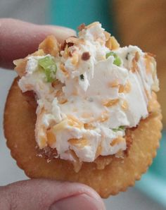 Easy ranch cheese ball - this is so easy and super addictive. YUM.