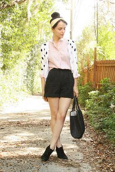 New Blog Post: http://twitchvintage.blogspot.com/2012/03/polka-dots-and-top-knots.html