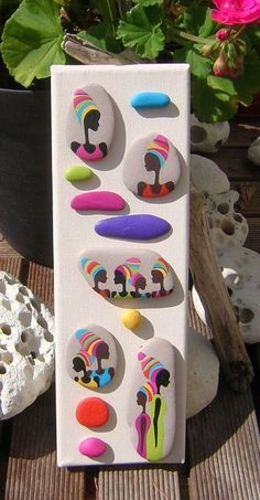 Free Home Design and Home Decoration Gallery. Pebble Painting, Dot Painting, Pebble Art, Stone Painting, Stone Crafts, Rock Crafts, Diy And Crafts, Arts And Crafts, Pebble Stone