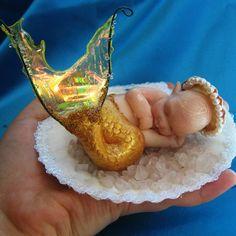Polymer Clay Baby Mermaid sculpted entirely without molds Goldfish Baby Mermaid Mermaid Fairy, Baby Fairy, Mermaid Dolls, Baby Mermaid, Mermaid Nursery, Fantasy Mermaids, Mermaids And Mermen, Art Vampire, Vampire Knight