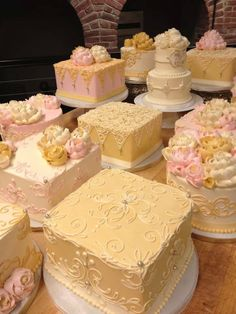 Pin by denise fernandez on white flower bakery shoppe oh pinterest find this pin and more on cakes many pretty buttercream cakes from white flower mightylinksfo