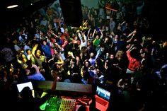Colombian_Party_Cartel._Photo_by_Ellen_Ordóñez_for_Colombian_Party_Cartel.jpg (3456×2304)
