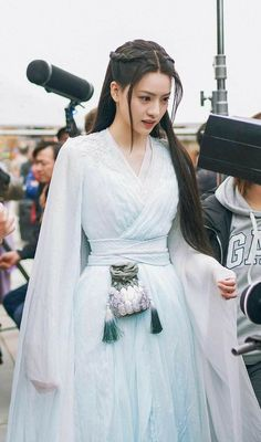 Korean Traditional Dress, Traditional Fashion, Traditional Dresses, Culture Clothing, Royal Dresses, Fantasy Dress, Chinese Clothing, Beautiful Asian Girls, Ulzzang Girl