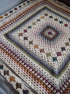 Crochet Afghans Easy Ravelry: Granny patchwork I think this is the most beautiful granny square project I have ever seen! Motifs Granny Square, Granny Square Blanket, Crochet Blocks, Granny Square Crochet Pattern, Afghan Crochet Patterns, Crochet Squares, Crochet Afghans, Granny Squares, Crochet Blankets