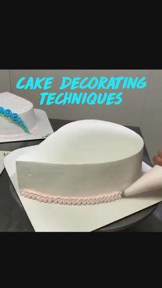 Delicious Cake Recipes, Fun Baking Recipes, Cupcake Recipes, Cupcake Cakes, Decorator Frosting, Cake Decorating Frosting, Cake Decorating Supplies, Cake Decorating For Beginners, Cake Decorating Techniques