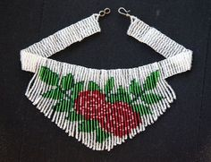 Pattern for seed beaded Rose flower chocker - detailed instructions on beading flat square stitch necklace