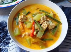 Indonesian Food, Home Recipes, Thai Red Curry, Food And Drink, Menu, Vegetarian, Cooking, Ethnic Recipes, Ds