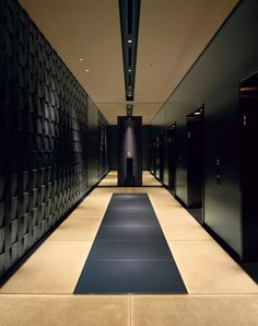 To definitely discriminate this two main dining and the bar in the floor of the six- star hotel from other floors, dark-colored material with luster and technique of Japanese architectures were used, creating a modern, timeless and sexy space. Lobby Interior, Interior Exterior, Exterior Design, Interior Architecture, Lobby Design, Design Hotel, Hotel Interiors, Office Interiors, Elevator Design