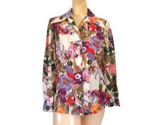 70s Floral Shirt Wide Collar Blouse 70s Clothing Women Retro Blouse 1970s Blouse Floral Print Blouse 70s Floral Top Pink Floral Blouse #thevillevintage Floral Blouse, Printed Blouse, Floral Tops, Blazers For Women, Suits For Women, Clothes For Women, Caftan Dress, Collar Styles, Winter Coats Women