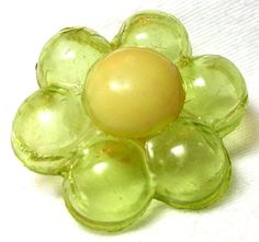 VINTAGE 1930'S PUFFY TRANSPARENT CELLULOID FLOWER BUTTON w/IVORY OPAQUE CENTER