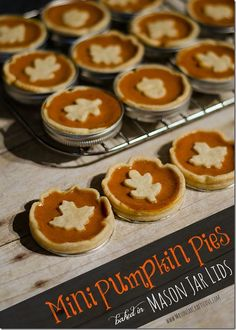 Mini-Pumpkin-Pie-Recipe-Baked-in-Mason-Jar-Lids
