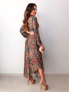 Vestido-Cropped-Parque-Etnico Draped Dress, Maxi Dress With Sleeves, Dress Skirt, Beach Dresses, Cute Dresses, Summer Dresses, Looks Party, Boho Fashion, Fashion Dresses