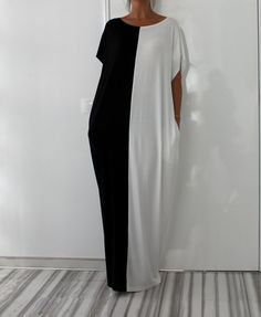 Black and White Long MAXI Oversized Elegant Party Dress/Caftan Dress/Dress with Pockets