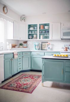 Chalk Painted kitchen cabinets two years later. Chalk Painted kitchen cabinets two years later. Holland Avenue Home. - White N Black Kitchen Cabinets Diy Kitchen Cabinets, Kitchen Redo, Home Decor Kitchen, New Kitchen, Home Kitchens, Kitchen Remodeling, Aqua Kitchen, Kitchen Counters, Kitchen Islands