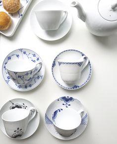 Abwarten und Tee trinken lautet das Credo für 2018. Besonders schön werden diese Momente mit den Royal Copenhagen Teetassen und Teekannen.