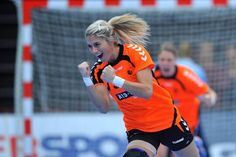 World Best Player! Action Poses, Best Player, Crushes, Garra, Sports, Holland, Train, Women, Physical Activities