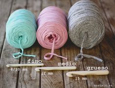 Hoooked offers a huge selection of knitting and crochet patterns for expert knitters and beginners. Crochet Home, Love Crochet, Diy Crochet, Crochet Baby, Crochet Motifs, Crochet Stitches, Crochet Patterns, Crochet Patron, Fabric Yarn