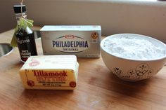 New fruit cake diy cream cheeses ideas Whipped Cream Cheese Frosting, Make Cream Cheese, Cream Cheese Recipes, Cream Frosting, Cream Cheeses, Cake Factory, Homemade Whipped Cream, New Fruit, Diy Cake