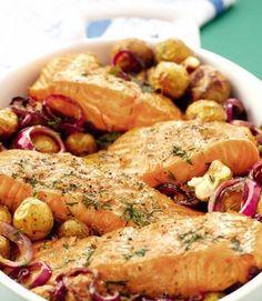 Salmón rostizado con eneldo y papas | 19 Platos de salmón rápidos y saludables que todo el mundo puede preparar