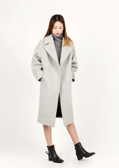 LOOKAST CHAPTER #6 - Light grey oversized long coat