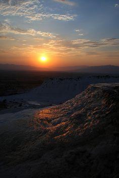 Golden Sunset Reflections, Pamukkale, Turkey Amazing Places, Beautiful Places, Pamukkale, Beautiful Sunrise, Outdoor Landscaping, Belleza Natural, Pennies, Sunrises, Natural Wonders