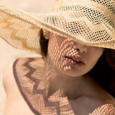 Summer hat shades / Garance Doré