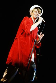 DAVID BOWIE LIVE 1978 (Isolar II – The 1978 World Tour)