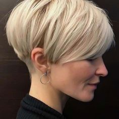 53 Most Beautiful Pixie Hairstyles Fall In Love When You Are With Pixie … - Frisur Ideen Stylish Short Haircuts, Short Haircut Styles, Short Pixie Haircuts, Girl Haircuts, Long Hair Styles, Style Short Hair Pixie, Short Textured Haircuts, Short Pixie Bob, Thick Hair Pixie