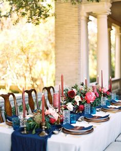 Intimate Wedding at Historic Texas Home on Martha Stewart Weddings. Floral: The Southern Table | Photo: Charla Storey Photography | Planning: Birds of a Feather Events