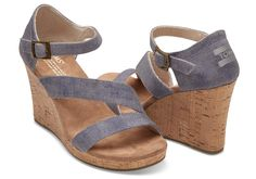 Looking for a strappy wedge? Meet The Clarissa. With a cork wrapped wedge and an open toe design, this shoe is sure to be a favorite.