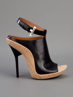 Designer Sandals for Women - ♥Givenchy Hot Shoes, Crazy Shoes, Me Too Shoes, Shoes Heels, Strap Heels, Ankle Strap, Stiletto Heels, Pretty Shoes, Beautiful Shoes