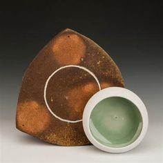 AKAR: : Art / Levin, Simon/Smith, Amy / Trivet with Bowl