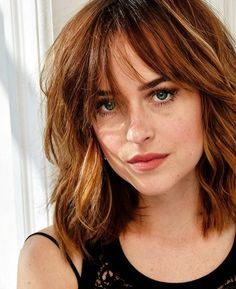 Modern hairstyles half-length: the best styling for summer 2019  Would you like to have a fresh and elegant for the summer? In this post we give you the most modern hairstyles, which . Modern Hairstyles, Hairstyles With Bangs, Summer Hairstyles, Modern Haircuts, Medium Shag Haircuts, Hairstyle Ideas, Hair Inspo, Hair Inspiration, New Hair