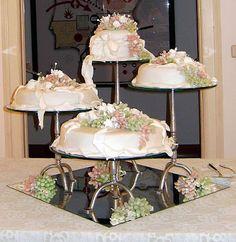 OS MEUS BOLOS . Lucia Perdigão: bolos do casamento da Patricia