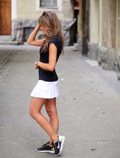 eeeep. tennis outfit perfection.