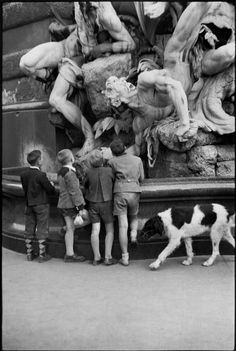 Henri Cartier-Bresson  AUSTRIA. Vienna. 1953.  You can't get this close to the fountain anymore...