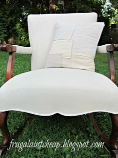 How to paint a fabric chair. Yes, paint a FABRIC chair! Cool!