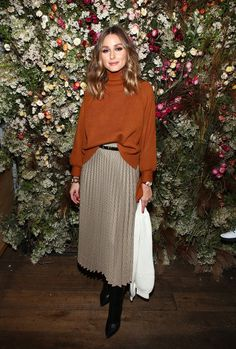 Celebrities wearing Zara: Olivia Palermo Source by outfits skirts Look Olivia Palermo, Olivia Palermo Outfit, Estilo Olivia Palermo, Olivia Palermo Lookbook, Olivia Palermo Winter Style, Olivia Pope Outfits, Olivia Palermo Street Style, Classy Outfits, Chic Outfits
