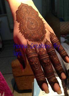 Henna Creations By Iqra photo Kashee's Mehndi Designs, Stylish Mehndi Designs, Wedding Mehndi Designs, Beautiful Mehndi Design, Mehndi Designs For Hands, Tattoo Designs, Hena Designs, Kashees Mehndi, Pakistani Mehndi