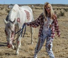 Another amazing Halloween horse costume entry at HorseCrazyGirls.com. How will we choose??