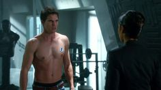 Robbie Amell's Hot Superhero Role -- Joins 'Arrow' Spinoff, 'The Flash'