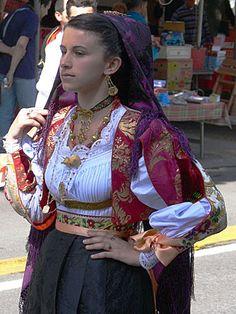 015-Costumi tradizionali dei comuni della Sardegna
