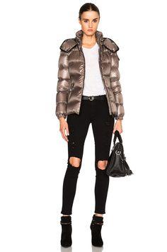 Moncler Berre Jacket に Light Grey Down Puffer Coat, Down Coat, Puffy Jacket, Padded Jacket, Jacket Style, Moncler, Bomber Jacket, Winter Jackets, Suits